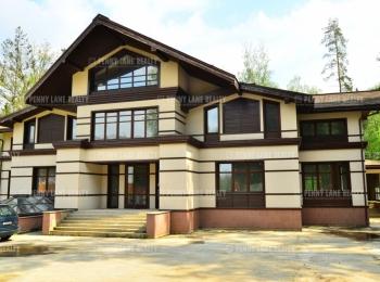 Продается дом за 319 557 000 руб.